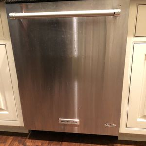 KitchenAid dishwasher for Sale in Anaheim, CA