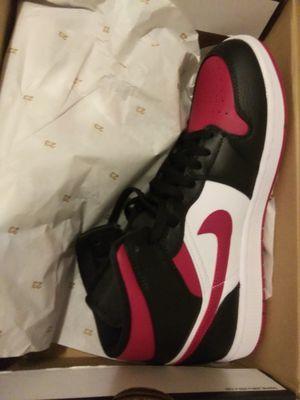 NEW. Red toe air jordan mids for Sale in Valdosta, GA