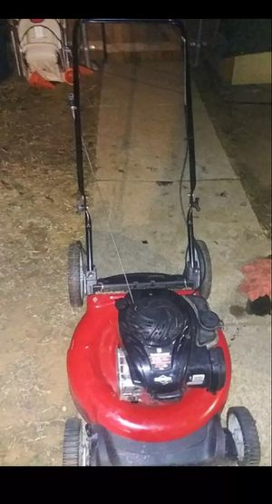 Briggs and straton lawn mower for Sale in Richland Hills, TX