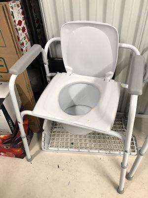 Porta potty for Sale in Bremerton, WA