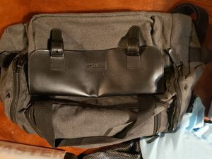 Bella Russo Canvas Medium Duffle Bag for Sale in West Covina, CA