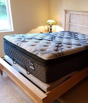 New premium mattress for sale FACTORY DIRECT and LOW OVERHEAD means BIG SAVINGS for you!!! for Sale in Plattsburgh, NY