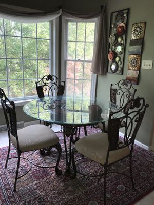 Glass breakfast dining table (bench not included) for Sale in Chambersburg, PA