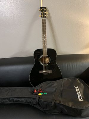 Yamaha acoustic guitar for Sale in North Las Vegas, NV