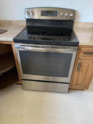 Stuff,microwave,dishwasher all stainless still for Sale in Gaithersburg, MD