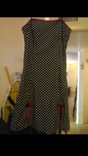 Strappless dress size 13 for Sale in Phoenix, AZ