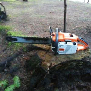Stihl gas chain saw with 20 in bar model 031.AV. runs then dies for Sale in Lake Stevens, WA