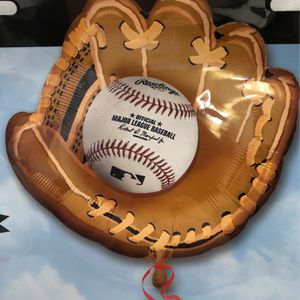 BASEBALL GLOVE SUPERSHAPE BALLOON HELIUM INCLUDED for Sale in Signal Hill, CA