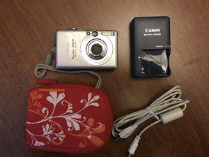 Canon digital camera Powershor SD600 for Sale in Chicago, IL