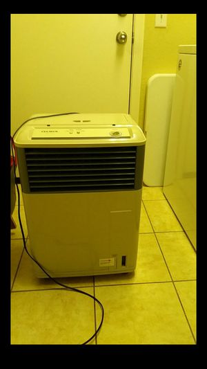Air cooler/ humidifier for Sale in Phoenix, AZ