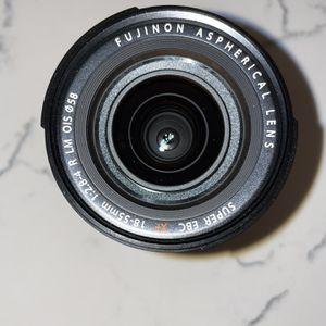 FUJIFILM XF 18-55mm f/2.8-4 R LM OIS Wide Angle Lens (16276479) + AOM Pro Kit Combo Bundle – Fuji 18-55 mm for Sale in Mesa, AZ
