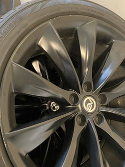 Tesla 3 Turbine Style 20 Inch Wheels With Tires Tpms for Sale in South San Francisco,  CA