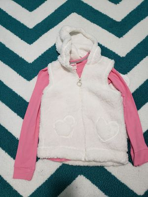 Girls long sleeve thermal with white sherpa vest new 10/12 for Sale in Lathrop, CA