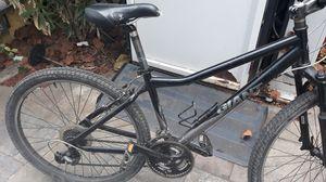Giant bike/ Boulder 4130 CRO-MO custom blend 26 tires Medium frame for Sale in San Jose, CA