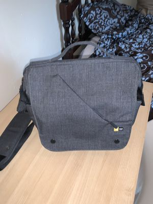 Case Logic FLXM-101 Reflexion Cross Body Bag for DSLR and Ipad for Sale in Gardena, CA