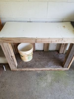 Work bench or a fish tank stand for Sale in Louisburg, NC