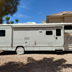 2004 Ford F450 Motorhome RV 31' for Sale in Las Vegas, NV