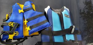 Youth and child life jackets for Sale in Lakeville, MN