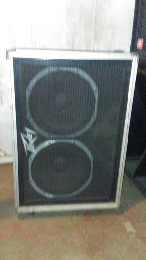 Peavey Bass Speaker Cabinet Model 215C for Sale in South Gate, CA