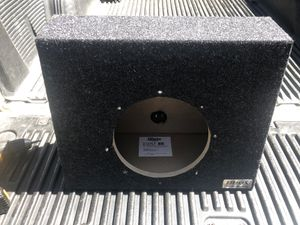 10 inch Subwoofer Wedge Box for Sale in Leavenworth, WA