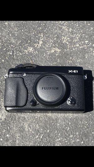 FujiFilm X-E1 body for Sale in Stanford, CA