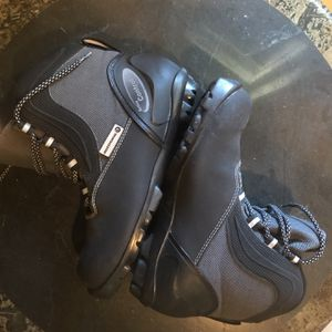 Cross Country Ski Boots Size 42/9 for Sale in Chico, CA