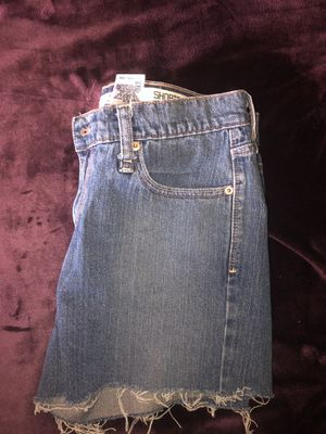 Levi Jean Shorts Women's size 12 for Sale in Columbus, OH