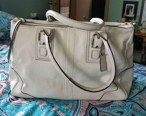Coach purse for Sale in Dover, OH
