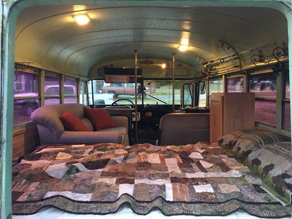 1970 B500 Ford Short bus
