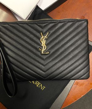 ***YSL Clutch Purse*** for Sale in Atlanta, GA