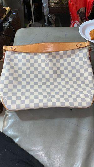 Louis Vuitton bag 💼🎄 for Sale in Houston, TX
