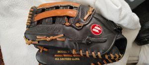 "Worth 14"" glove. Left handed for Sale in Oklahoma City, OK"