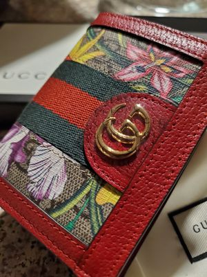 Gucci floral wallet ❤ for Sale in Stratford, CT