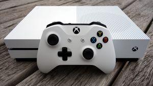 White Xbox one s for Sale in Dallas, TX