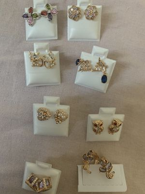 Jewelry washed in gold , oro llaminado for Sale in Lynwood, CA