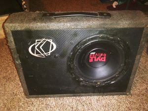 Subwoofer 10' with box for Sale in Poteau, OK