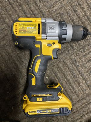 DCD991P2 20V MAX* XR® LITHIUM ION BRUSHLESS 3-SPEED DRILL/DRIVER W battery for Sale in Ocoee, FL