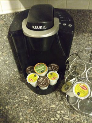 Keurig coffee maker and spinningk cup holder for Sale in Anaheim, CA
