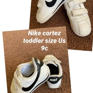 Nike Cortez Toddler Sz 9c for Sale in Los Angeles, CA