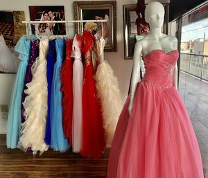 Quinceanera dresses, Shoes & Accesories for Sale in Hialeah, FL