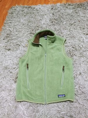 Patagonia vest for Sale in Lake in the Hills, IL