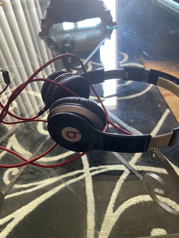 Beats solo 1 headphones