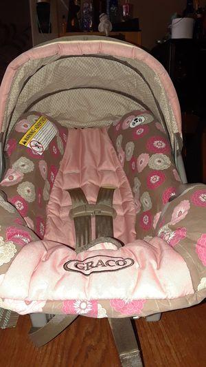 Graco pink infant car seat for Sale in Phoenix, AZ