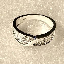NEW Sterling Silver Filigree Ring - Size 7 for Sale in Jefferson City,  MO