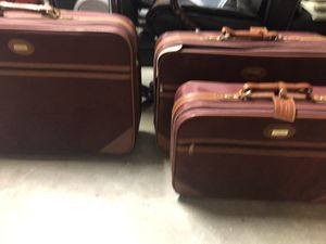 Three pieces Suitcase for Sale in Everett, WA