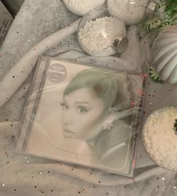 Ariana Grande Limited Edition CD for Sale in Winter Haven,  FL