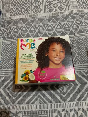 Hair straightener for kids for Sale in Quincy, MA