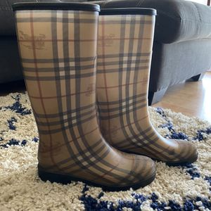 Burberry Rain Boots for Sale in Downey, CA
