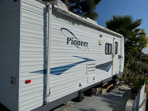 2006 fleetwood pioneer 19' for Sale in La Habra Heights, CA