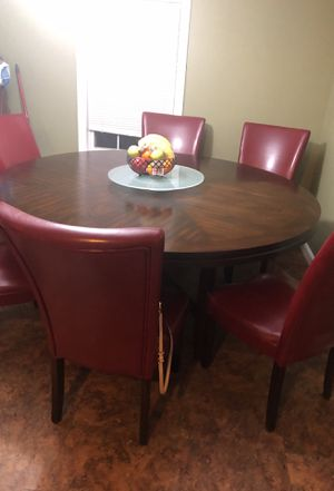 """Round 62"""" Wooden dining room set for Sale in Lowell, MA"""